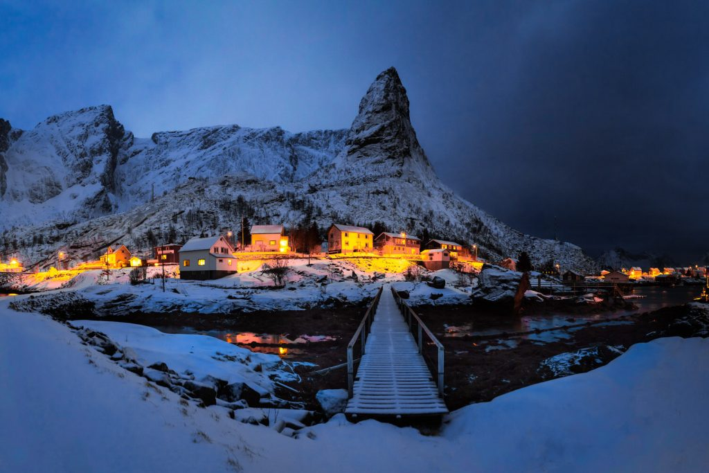reine_panorama_mountain