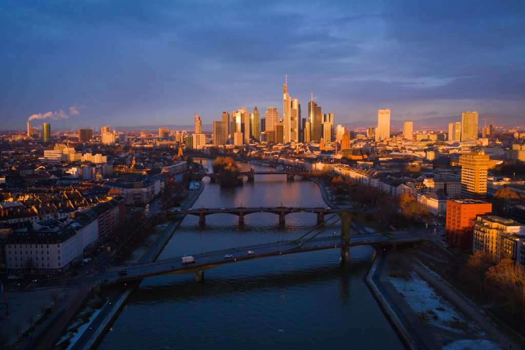 frankfurt_bridges_sunrise