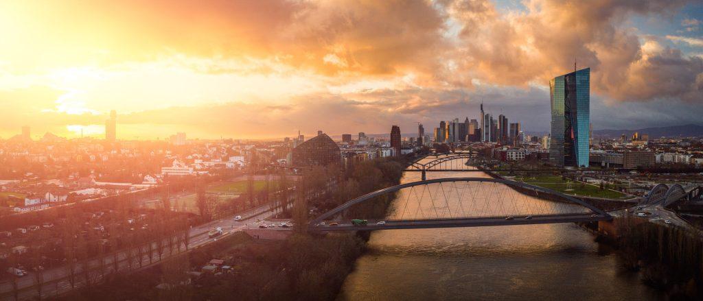 frankfurt_ezb_sunset